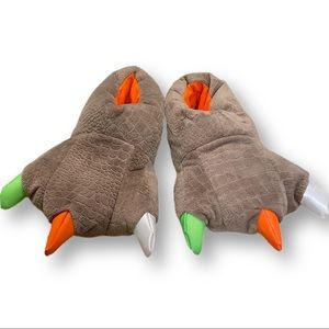 Dino slippers! Youth 4-5 claws t-Rex feet
